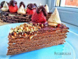 Шоколадный торт из песочных коржей с заварным кремом